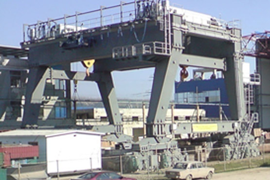 Gantry crane l.c. 840 t for Dnestr Pump storage power plant in Ukraine